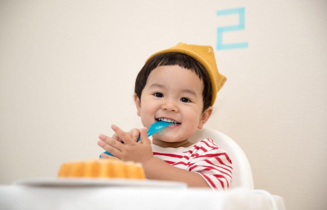 Menú para un bebé 12 meses: alimentos recomendados y prohibidos